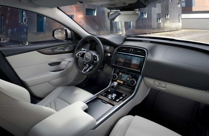 2021 Jaguar XE 25