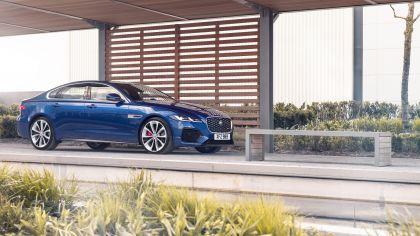 2021 Jaguar XF 10