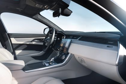 2021 Jaguar XF 53