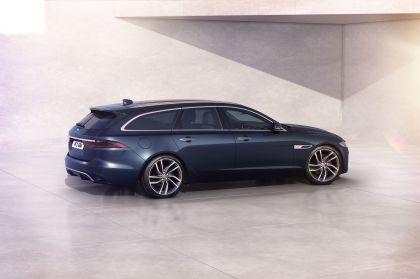 2021 Jaguar XF Sportbrake 11