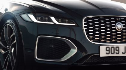 2021 Jaguar XF Sportbrake 16