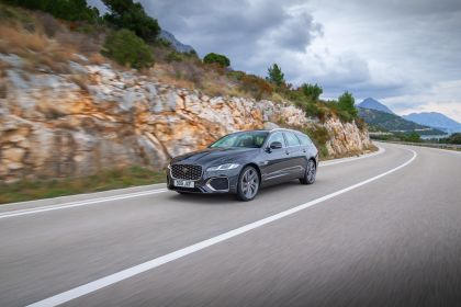 2021 Jaguar XF Sportbrake 24