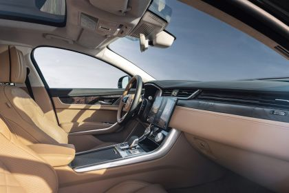 2021 Jaguar XF Sportbrake 36