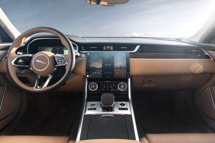 2021 Jaguar XF Sportbrake 38