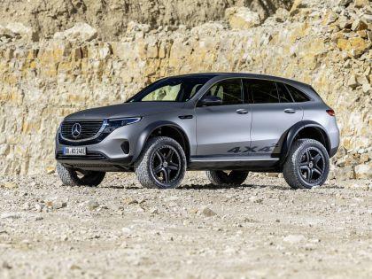 2020 Mercedes-Benz EQC 4x4-2 concept 9