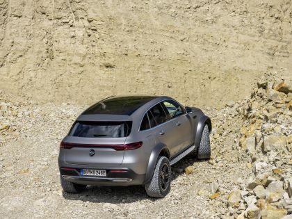 2020 Mercedes-Benz EQC 4x4-2 concept 13