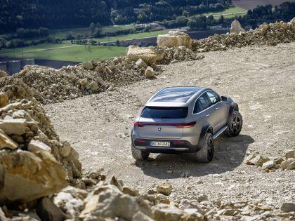 2020 Mercedes-Benz EQC 4x4-2 concept 15