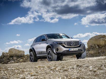2020 Mercedes-Benz EQC 4x4-2 concept 16