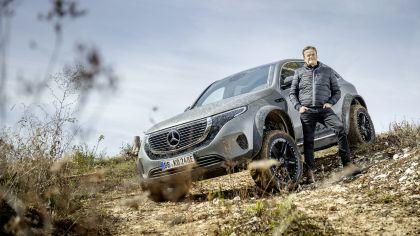 2020 Mercedes-Benz EQC 4x4-2 concept 29