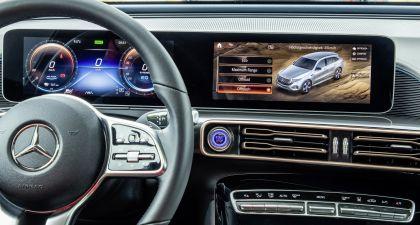 2020 Mercedes-Benz EQC 4x4-2 concept 30