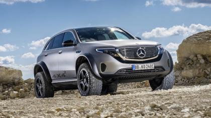 2020 Mercedes-Benz EQC 4x4-2 concept 4