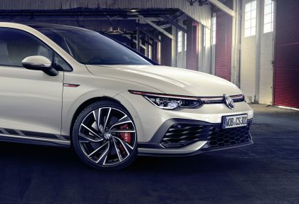 2021 Volkswagen Golf ( VIII ) GTI Clubsport 5