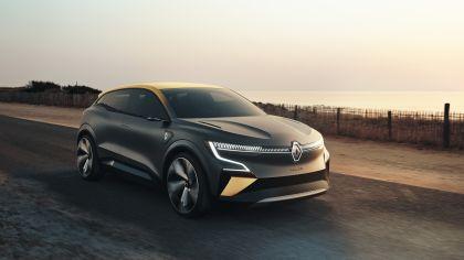 2020 Renault Mégane eVision concept 1