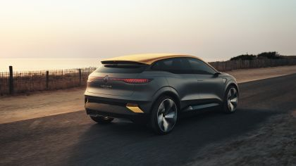 2020 Renault Mégane eVision concept 2