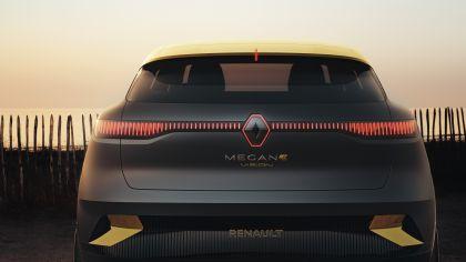 2020 Renault Mégane eVision concept 15