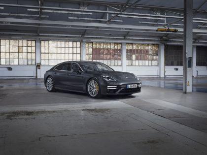2021 Porsche Panamera Turbo S E-Hybrid Executive 1