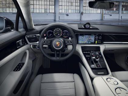 2021 Porsche Panamera Turbo S E-Hybrid Executive 7