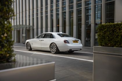 2021 Rolls-Royce Ghost - UK version 84