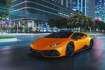 2021 Lamborghini Huracán EVO Fluo Capsule 12