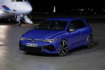 2022 Volkswagen Golf ( VIII ) R 24