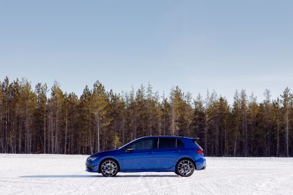 2022 Volkswagen Golf ( VIII ) R 54