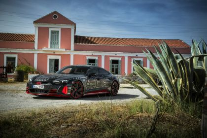 2020 Audi RS e-tron GT prototype 18