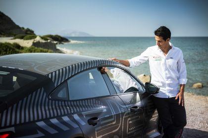 2020 Audi RS e-tron GT prototype 33