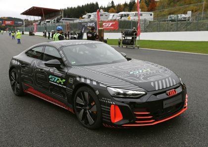 2020 Audi RS e-tron GT prototype 54