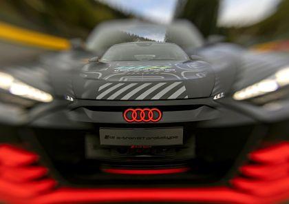 2020 Audi RS e-tron GT prototype 60