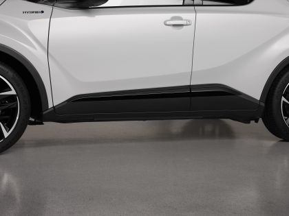 2021 Toyota C-HR GR Sport 14