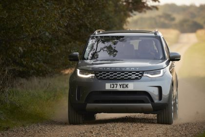 2021 Land Rover Discovery 6