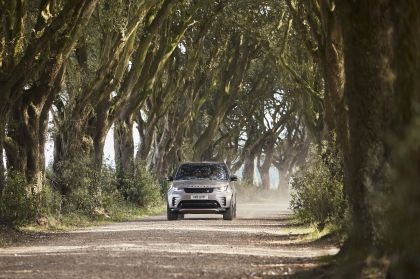 2021 Land Rover Discovery 22