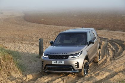 2021 Land Rover Discovery 28