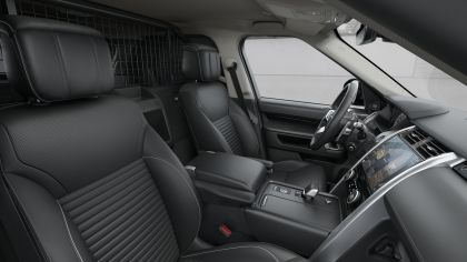 2021 Land Rover Discovery 36