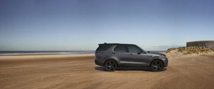 2021 Land Rover Discovery 70