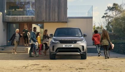 2021 Land Rover Discovery 80