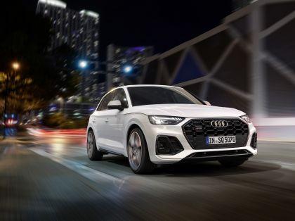 2021 Audi SQ5 TDI 8