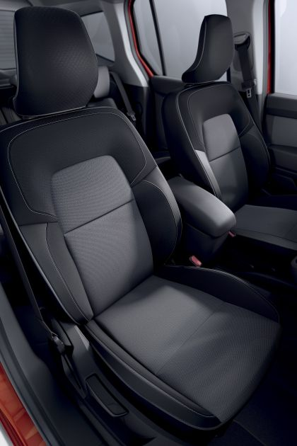 2021 Renault Kangoo 58