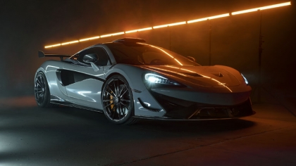 2021 McLaren 620R by Novitec 2