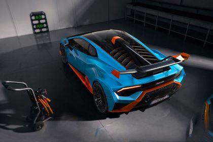 2021 Lamborghini Huracán STO 14