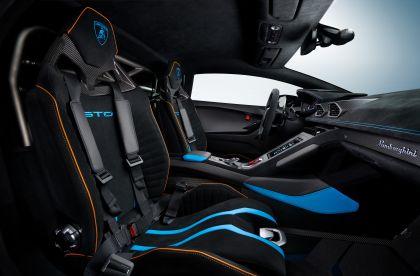 2021 Lamborghini Huracán STO 29