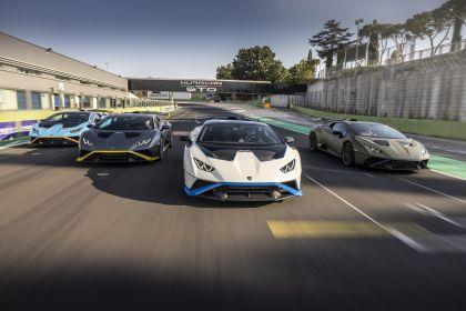 2021 Lamborghini Huracán STO 39