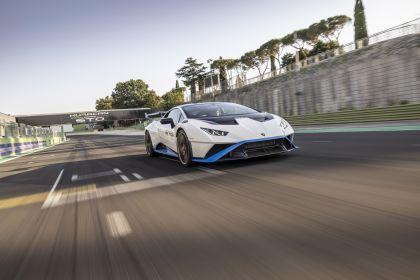 2021 Lamborghini Huracán STO 41