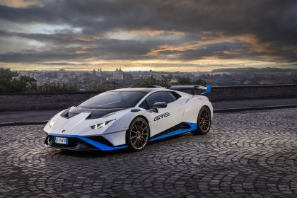 2021 Lamborghini Huracán STO 62