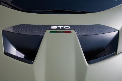 2021 Lamborghini Huracán STO 76