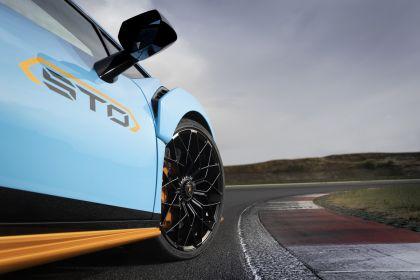 2021 Lamborghini Huracán STO 87
