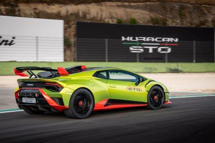2021 Lamborghini Huracán STO 106