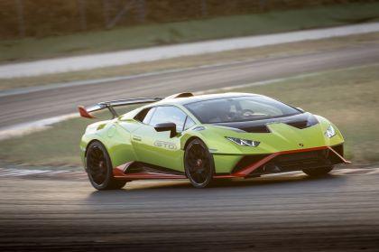 2021 Lamborghini Huracán STO 113