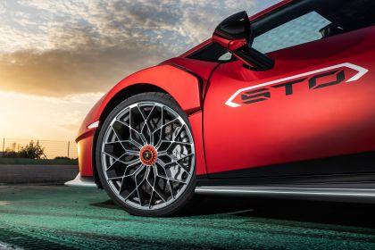 2021 Lamborghini Huracán STO 134