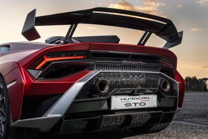 2021 Lamborghini Huracán STO 137